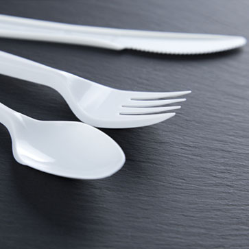 We offer a range of cutlery our everyday offering is produced from polypropylene ensures safety as they will not shatter. We also offer a heavy duty alternative in a range of colours and wooden as an environmental alternative.